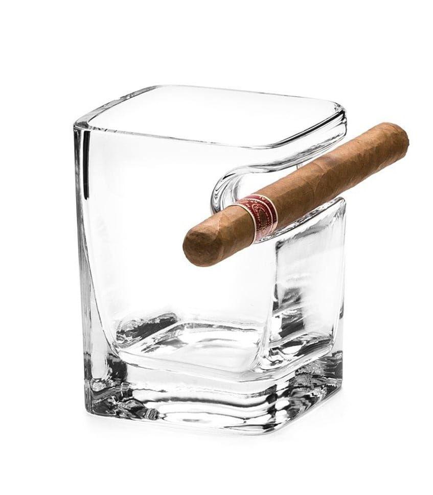 Sklenice Whisky I Cigaro