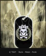 Kovový přívěšek na krk Five Finger Death Punch - knuckle Crown